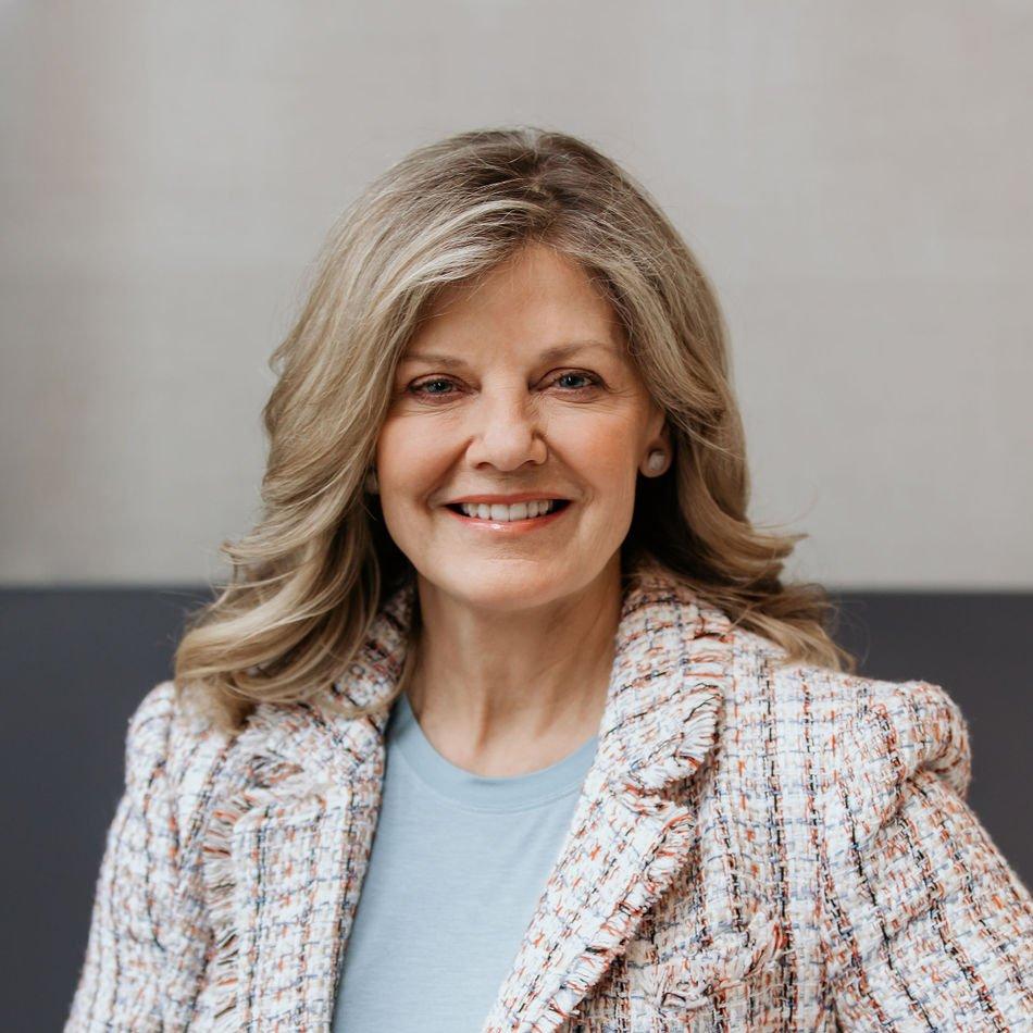 Kathy McKeil